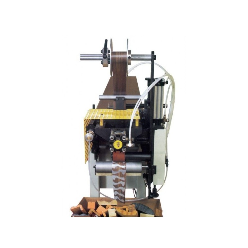 Máquina estampadora en caliente de testas de molduras marca BIKAIN Mod. ECR 2